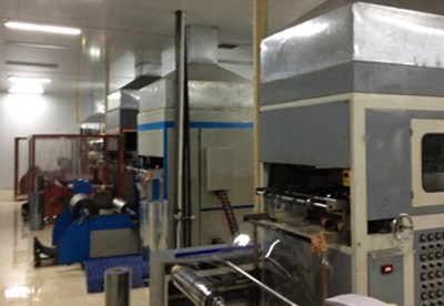 Automatic high speed plastic forming machine